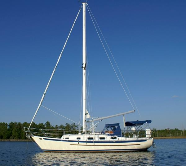 Pacific Seacraft Crealock 31
