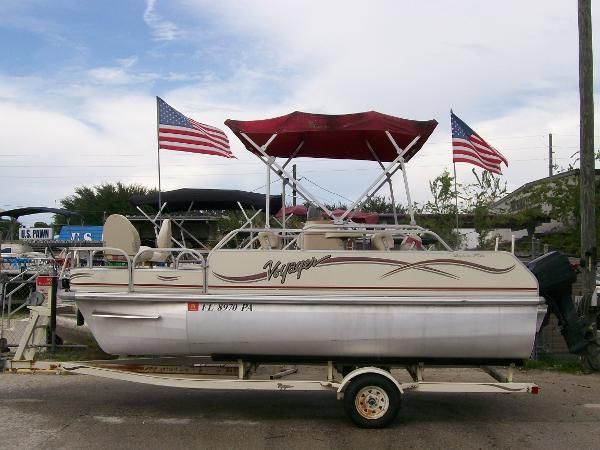 Used pontoon voyager boats for sale for Used fishing pontoon boats for sale