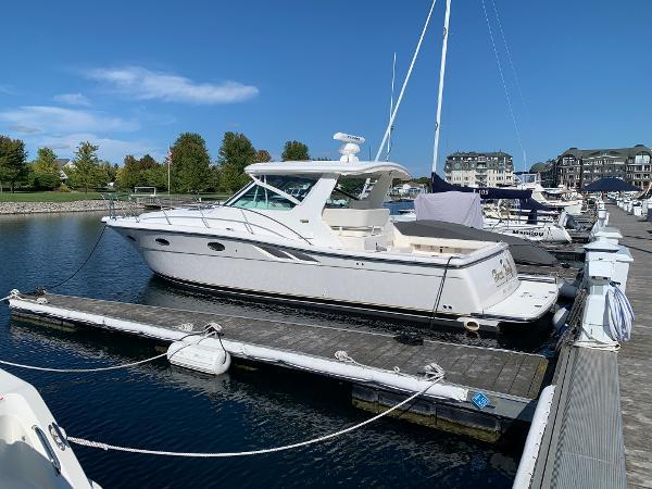 Tiara Yachts 3500 Open Port