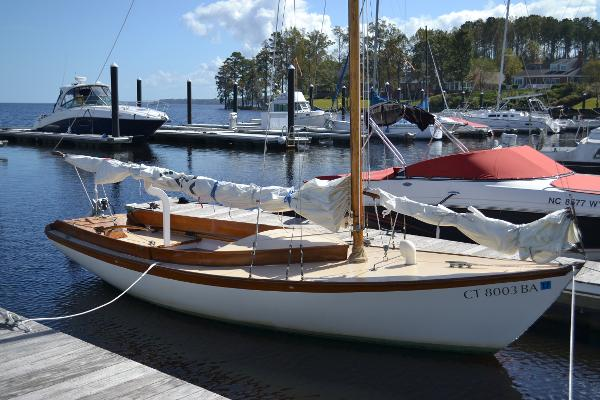 Herreshoff Golden Era Petrel Grace At Dock