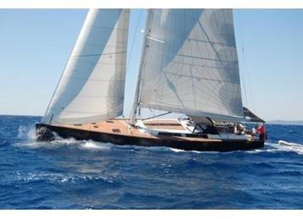 Hanse 630 Sailing
