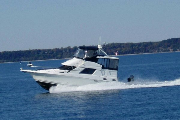 Silverton 392 Motor Yacht Photo 1