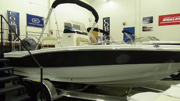 Nautic Star 210 Coastal
