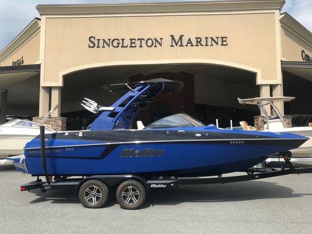 Malibu Boats LLC 22 MXZ