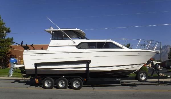 Bayliner Ciera 2859 Express Alaskan