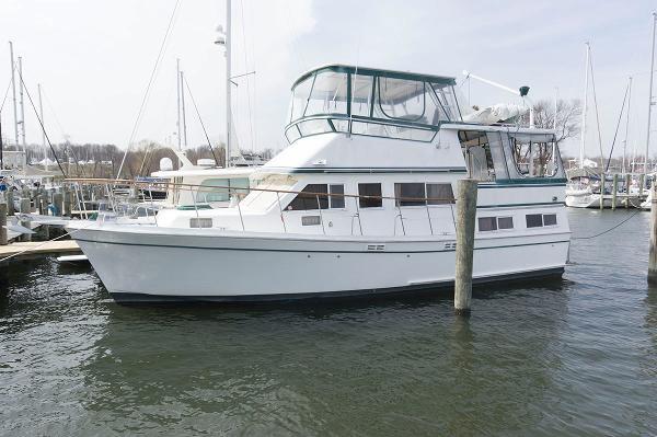 Marine Trader Sundeck Fb Profile