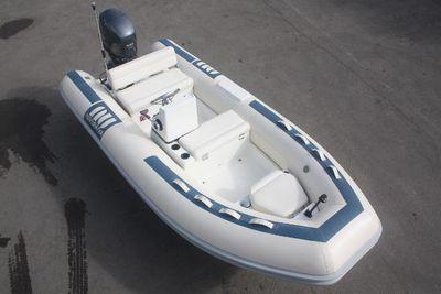 Novurania 400 DL