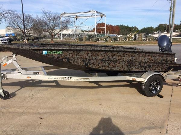 Xpress Boats Xpress Hyper-Lift® Duck Boat Series H16DB