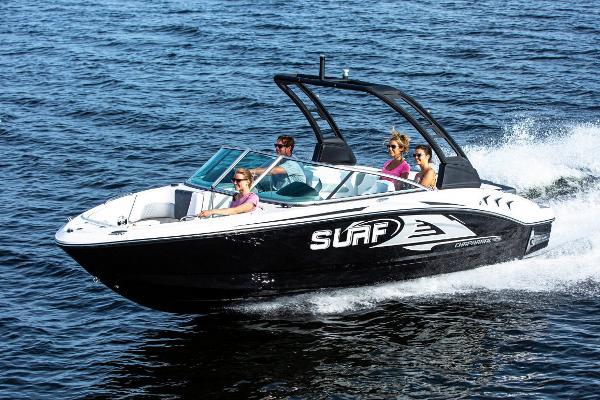 Chaparral 21 SURF Manufacturer Provided Image