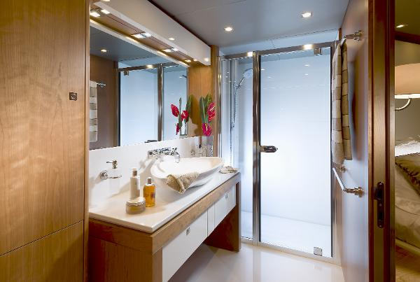 Sunseeker 115 Sport Yacht Bathroom