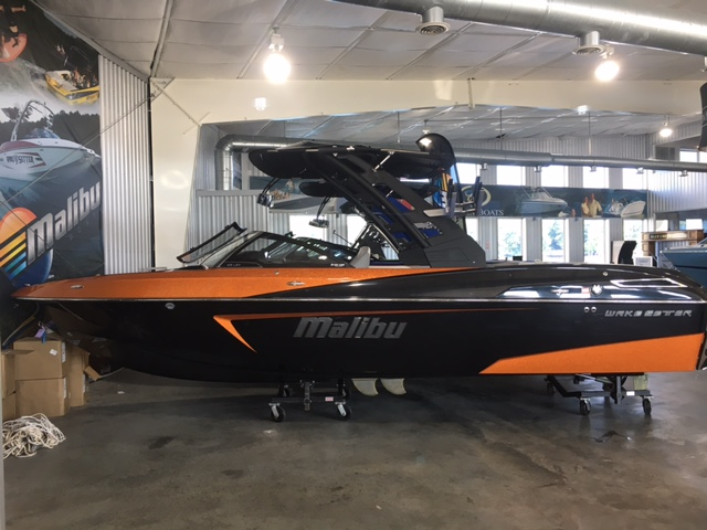 Malibu Boats LLC Wakesetter 23 LSV