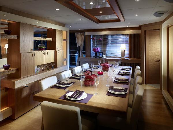 Sunseeker 130 Sport Yacht Dining