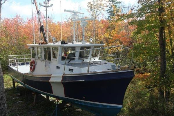Downeast Research Boat  - Downeast Cruiser 42' Novi Research Boat For Sale