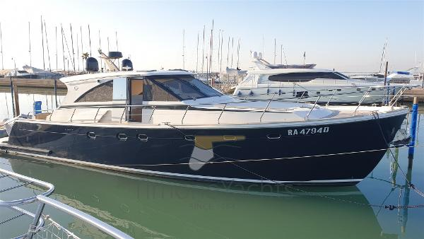 Cantieri Estensi 540 Goldstar S 20191205_143053