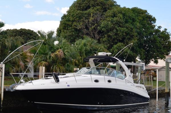 Sea Ray 340 Sundancer 340-Sea-Ray-Sundancer
