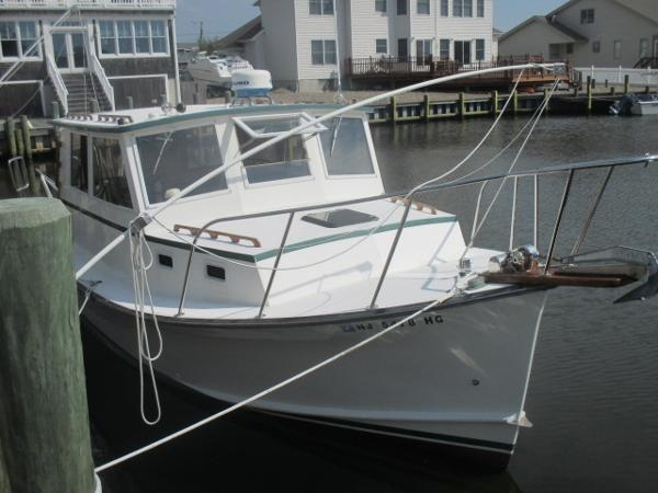 Webbers Cove 29 Downeast Pilothouse