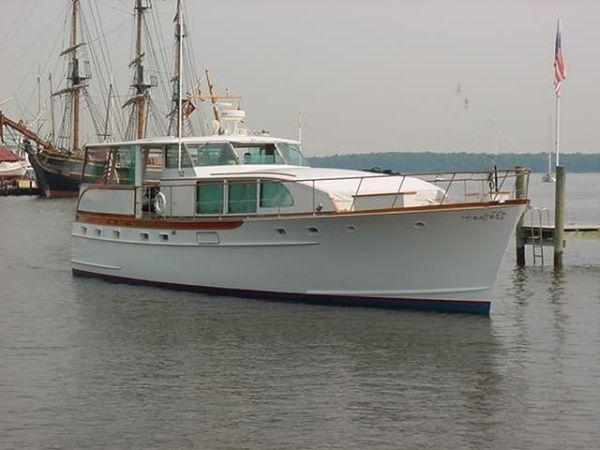 Trumpy Motor Yacht Barbra Joan