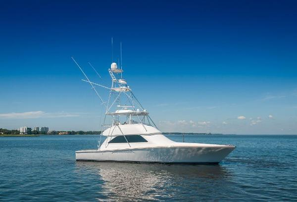 Viking 52 Convertible Dead Line 2004 Viking Profile