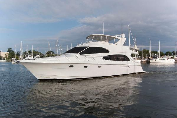 Hatteras 63 Raised Pilothouse Motor Yacht