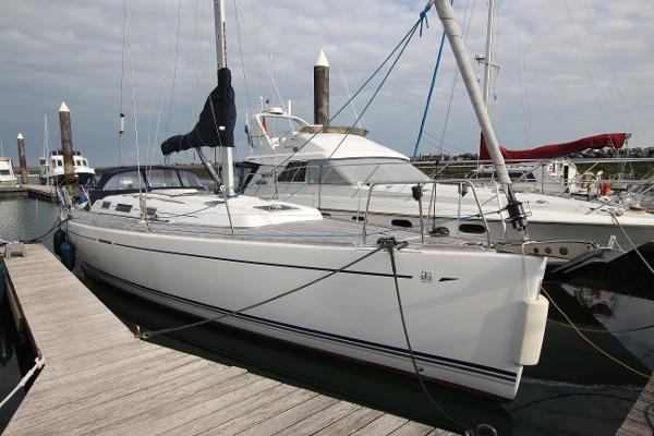 Dufour 44 Performance Dufour 44 performance