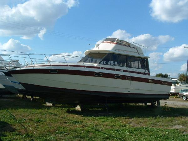 Burns Craft 36 Flybridge