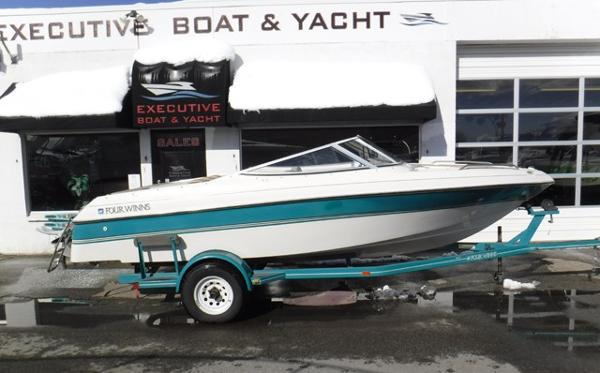 Four Winns 190 Horizon Bowrider