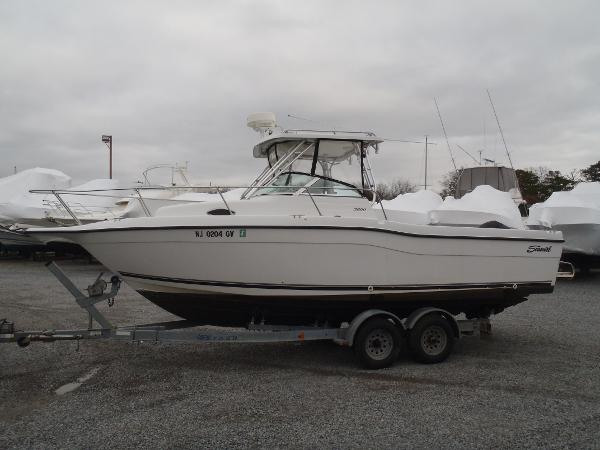 Seaswirl Striper 2601 Walkaround O/B