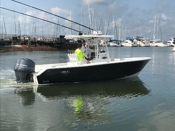 Sea Hunt Gamefish 25 STARBOARD UNDERWAY