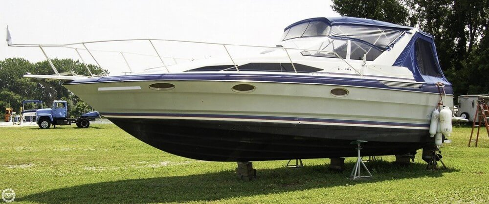 Bayliner 2955 Avanti Sunbridge 1989 Bayliner 2955 Avanti Sunbridge for sale in Bay City, MI