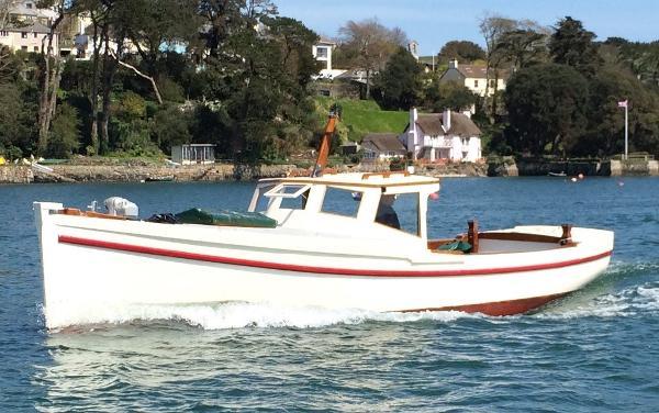 Classic Motor Quay Punt