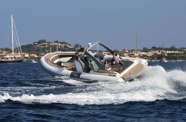 Wimbi Boats W9i