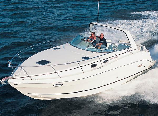 Rinker Fiesta Vee 342 Manufacturer Provided Image