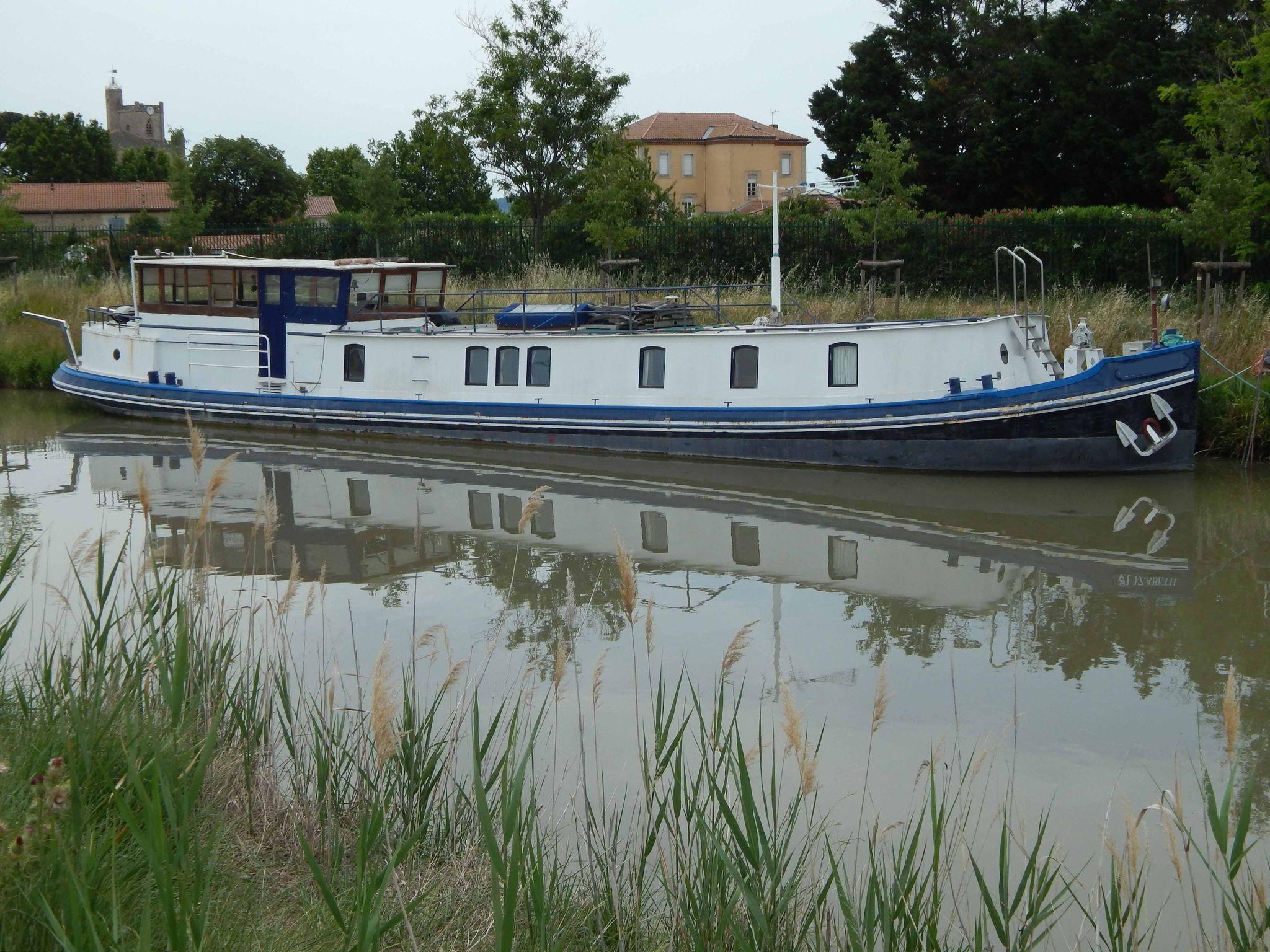 Dutch Barge 22M