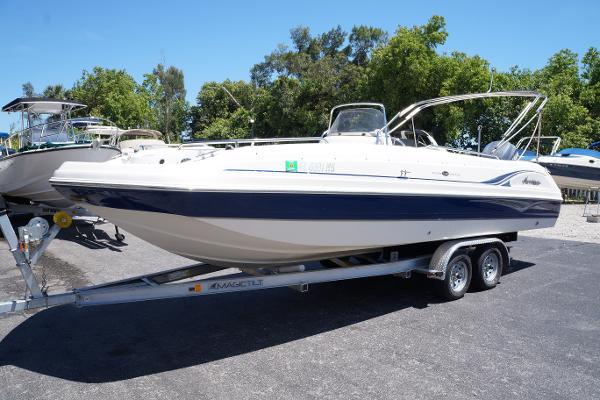 Hurricane 231 Fundeck with Yamaha 4-stroke OB