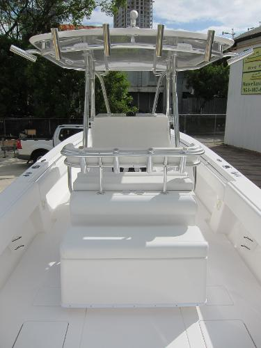 32 ST custom leaning post with aft seating