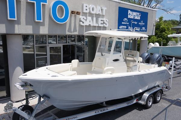 Cobia 240 Center Console Cobia 201 Whisper Grey
