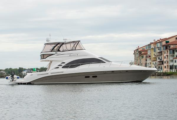 Sea Ray 58 Sedan Bridge Profile
