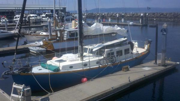 Cape George Cutter 40 At moorage