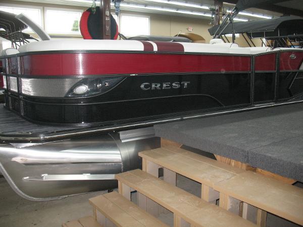Crest Caribbean SLS 250