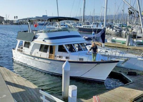 Crealock-designed Europa style trawler Underway