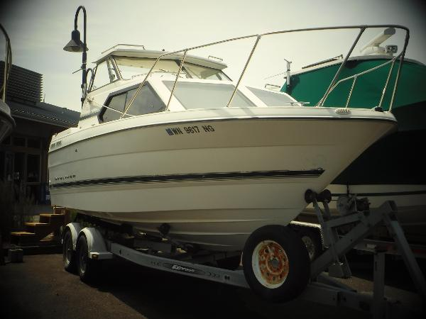 Bayliner 2452 Ciera Express Cruiser
