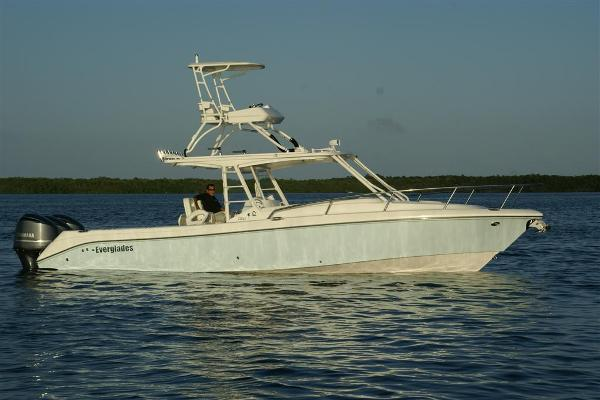 Everglades Boats 350 Cc
