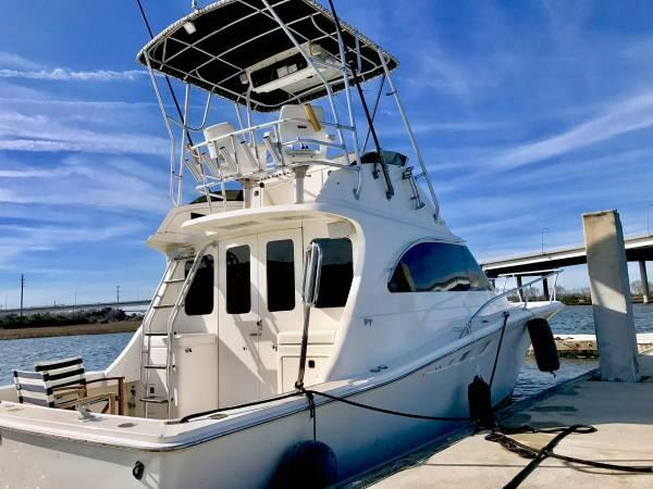 Luhrs Tournament 320 Sport Fisherman