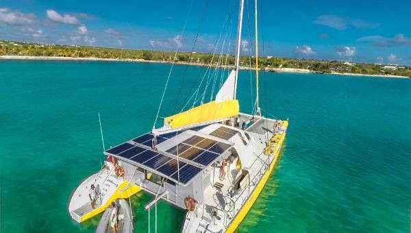 Custom Day Charter 82 Day charter catamaran Solana 82'