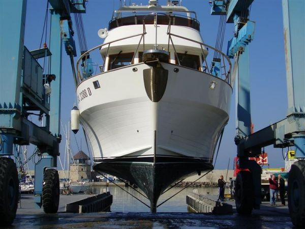Sea Ranger 53 pilothouse Photo 1