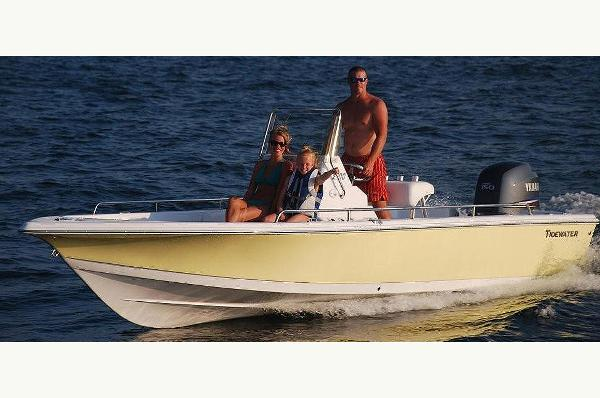 Tidewater Boats 2100 Bay Max Cc Manufacturer Provided Image