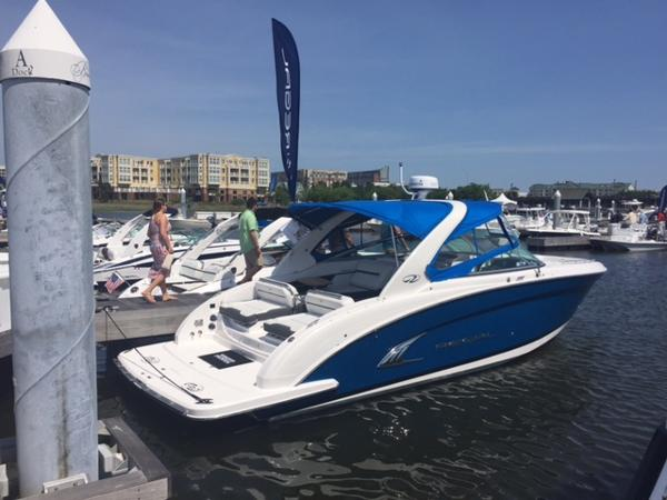 Regal 3200 Bowrider