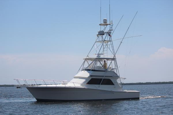 Viking Yachts Convertible with Tower