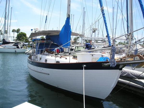 Young Sun Bluewater Cruiser 35