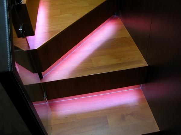 Illuminated steps to staterooms
